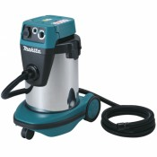 Makita VC3210LX1 demonstration model